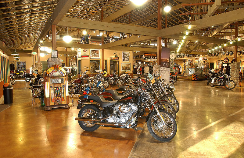 Harley showroom_800x531